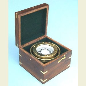 Engravable R.M.S. Titanic White Star Line Boxed Compass