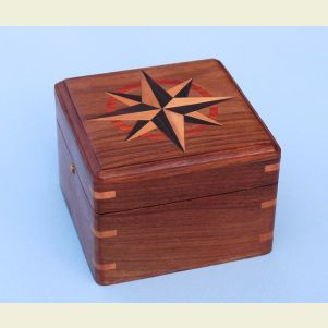 Engravable Small Boxed Compass with Inlaid Compass Rose
